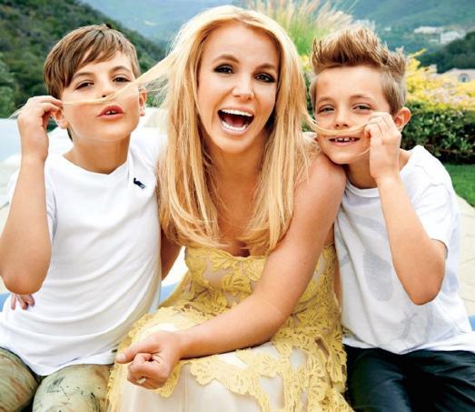 Мамы с сынулями фото 413-477
